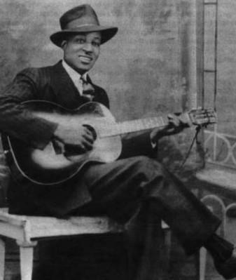 unknown guitar picker