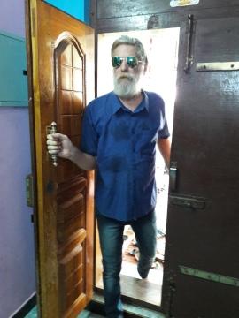 me coming in door